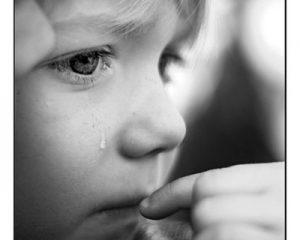 Evitare l'argomento non preserva i bambini dalla sofferenza