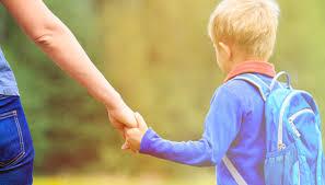 E' importante ricordare chei bambini non fanno capricci,ma utilizzano delle azioni per esprimere il loro disagio